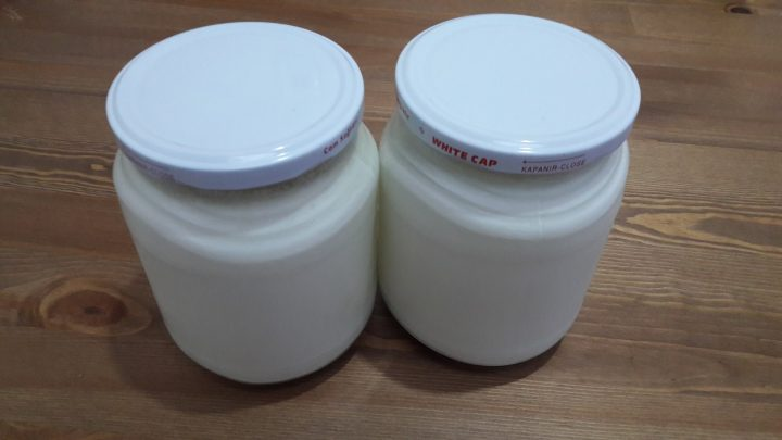 Cam Kavanozda Yoğurt Mayalama (yogurt fermentation at home)