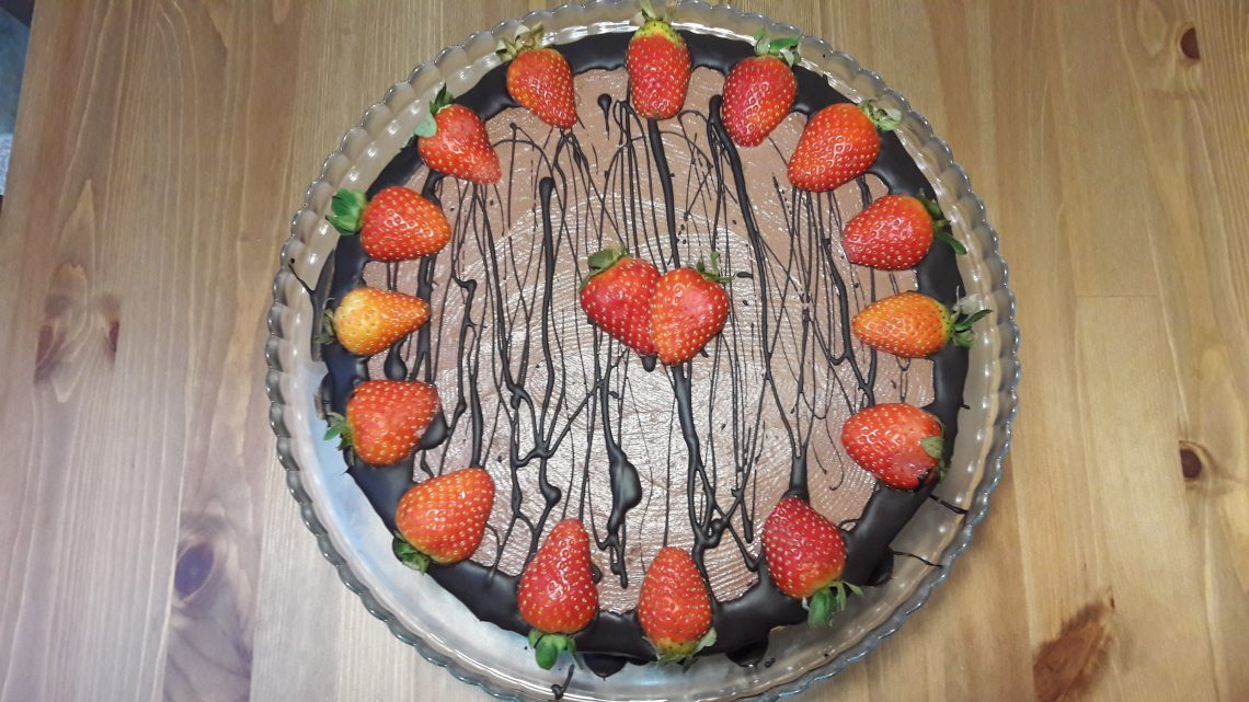 Çilekli Çikolatalı Yaş Pasta Tarifi | Strawberry Chocolate Age Cake |