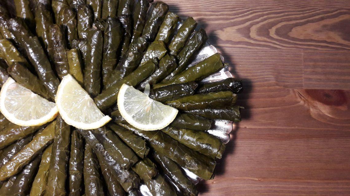 En Güzel Yaprak Sarması Tarifi | Delicious traditional Turkısh Food Recipe|