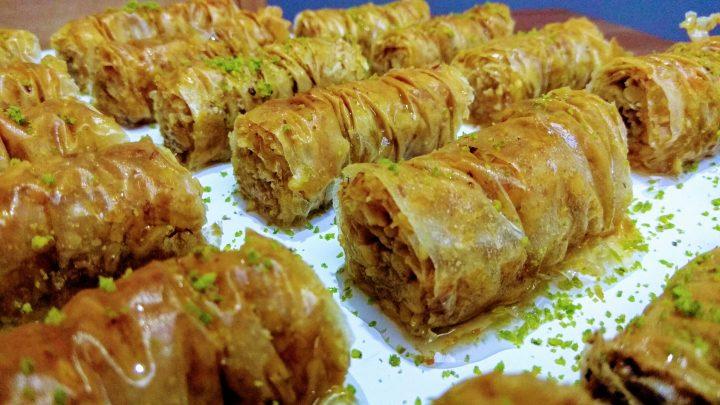 Hazır baklavalık yufka ile Burma Baklava Tarifi