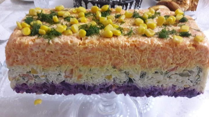 3 Renkli Salata Tarifi (Tasty  colorful salad )
