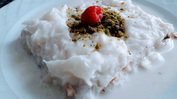 Güllaç Tarifi Cevizli ( Milky Dessert Recipe